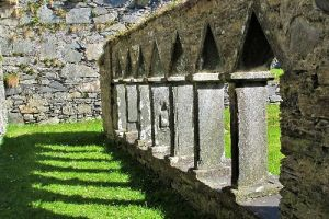Oronsay Priory credit NJ